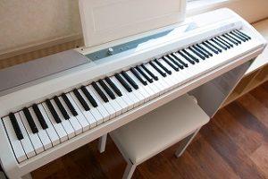 電子ピアノ キーボード レンタルスタジオ