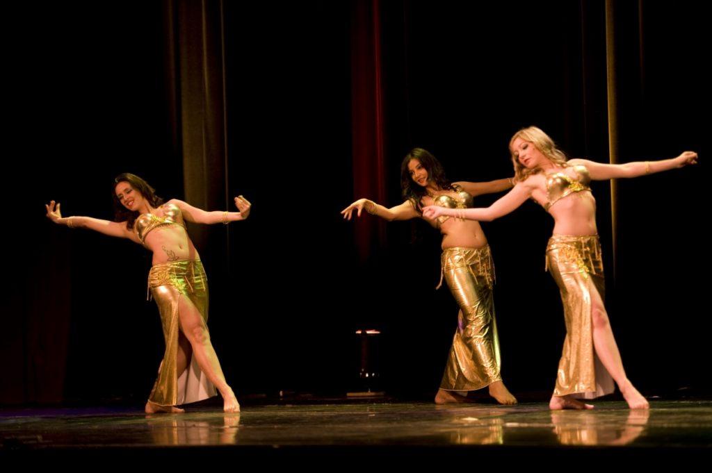 ベリーダンス教室 西武池袋線 大泉学園駅 2分 ノートルスタジオ にて新規開講です